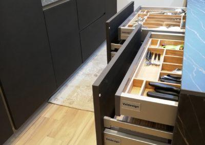dettaglio cassetti cucina VALDESIGN